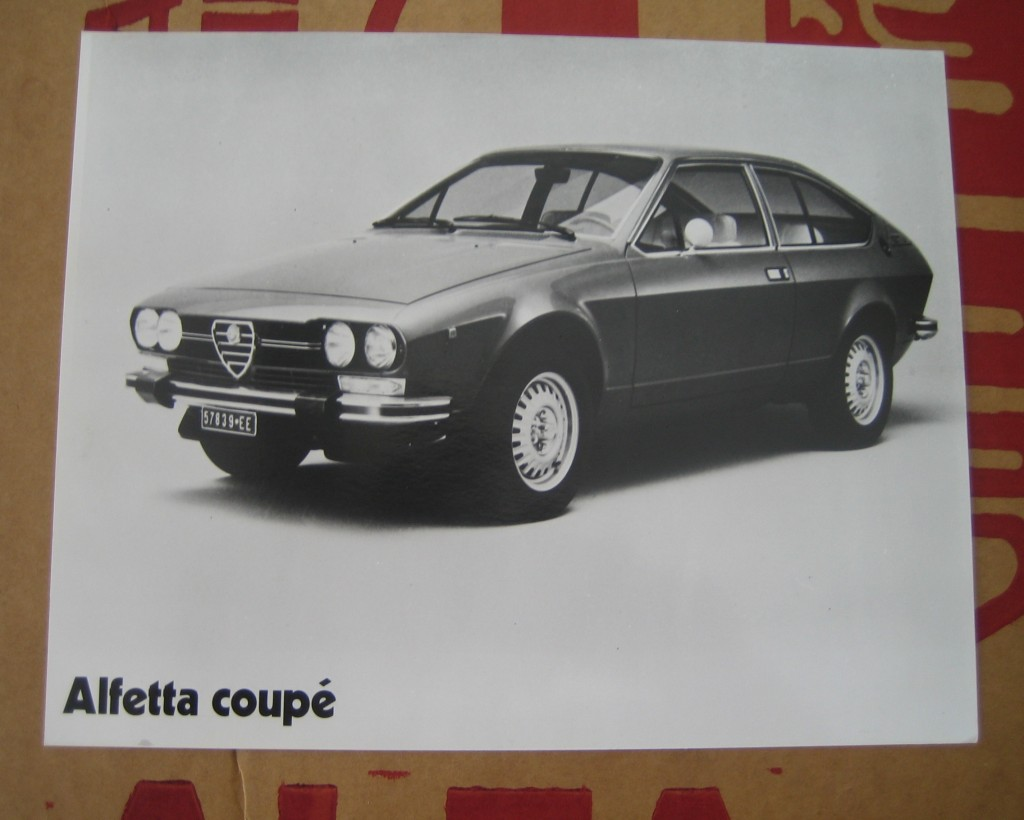 New / Genuine Alfa Alfetta GtV Large press photo - Alfasud